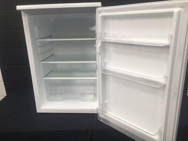 Under counter fridge 133 Ltr